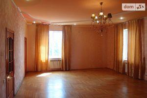 Продается дом на 3 этажа 767 кв. м с участком