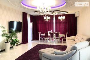 Продается дом на 3 этажа 400 кв. м с гаражом