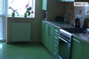 Здається в оренду кімната 70 кв. м у Ужгороді