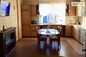 Сдается в аренду 3-комнатная квартира 105 кв. м в Киеве