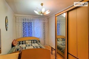 Продается 4-комнатная квартира 71.6 кв. м в Виннице