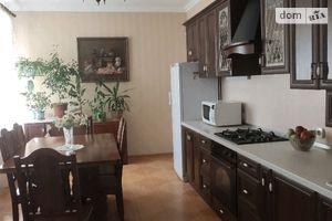 Продается дом на 2 этажа 190 кв. м с бассейном