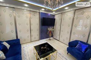 Продается 4-комнатная квартира 98 кв. м в Николаеве