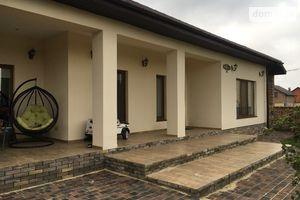 Продается одноэтажный дом 250 кв. м с бассейном