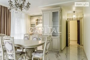 Продается 2-комнатная квартира 79 кв. м в Киеве
