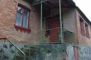 Продається будинок 2 поверховий 100 кв. м з балконом