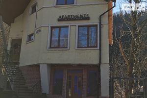Сдается в аренду нежилое помещение в жилом доме 80 кв. м в 3-этажном здании