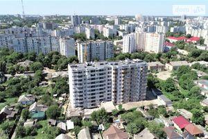 Продается 1-комнатная квартира 36.5 кв. м в Чернигове