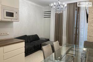 Продається 2-кімнатна квартира 100 кв. м у Одесі