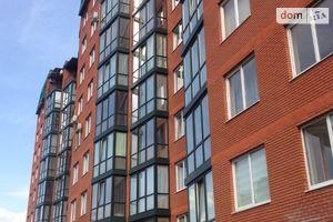 Продається 4-кімнатна квартира 123 кв. м у Чернівцях