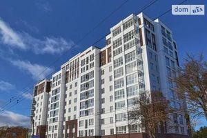 Продается 4-комнатная квартира 179.38 кв. м в Чернигове