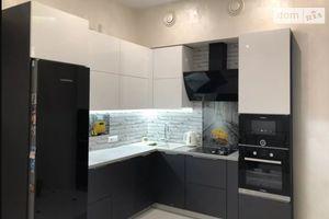 Продается 3-комнатная квартира 95 кв. м в Одессе