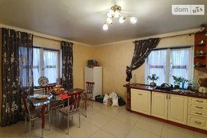 Продается дом на 2 этажа 290 кв. м с мансардой