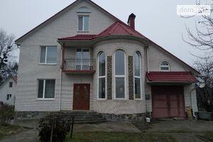 Продается дом на 3 этажа 220 кв. м с гаражом