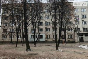 Продается 3-комнатная квартира 59 кв. м в Чернигове