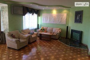 Сдается в аренду 3-комнатная квартира 144 кв. м в Луцке