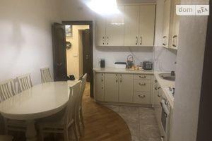Продается 2-комнатная квартира 62 кв. м в Львове