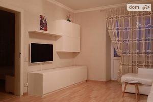 Продается 2-комнатная квартира 53 кв. м в Полтаве
