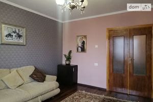 Продається 3-кімнатна квартира 59.8 кв. м у Тернополі