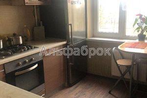 Продается 3-комнатная квартира 63 кв. м в Вышгороде