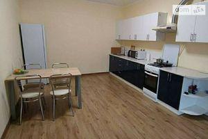 Продается 1-комнатная квартира 41.3 кв. м в Ужгороде