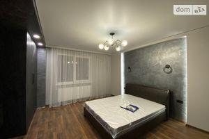 Сдается в аренду 2-комнатная квартира 72 кв. м в Ивано-Франковске