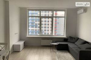 Продается 2-комнатная квартира 67.7 кв. м в Киеве