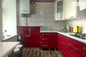 Продается 2-комнатная квартира 51 кв. м в Херсоне
