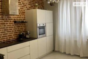 Продается 2-комнатная квартира 76 кв. м в Одессе