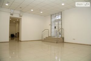 Сдается в аренду помещения свободного назначения 220 кв. м в 10-этажном здании