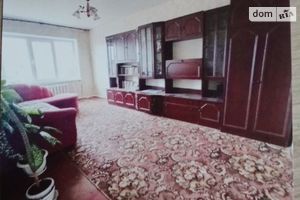 Продается 4-комнатная квартира 74.2 кв. м в Згуровке
