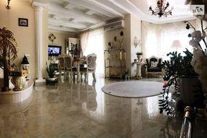 Продается дом на 3 этажа 359 кв. м с баней/сауной