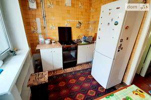 Сдается в аренду 2-комнатная квартира 65 кв. м в Черновцах