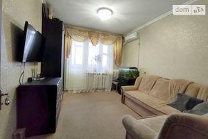 Продається 4-кімнатна квартира 83 кв. м у Чернігові