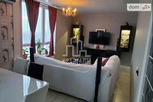 Продается 1-комнатная квартира 76 кв. м в Киеве