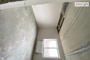 Продается 4-комнатная квартира 100 кв. м в Ужгороде