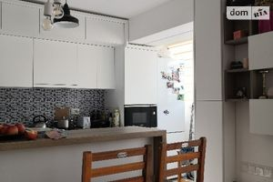 Продается 3-комнатная квартира 80 кв. м в Рахове