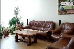 Продается дом на 2 этажа 460 кв. м с садом