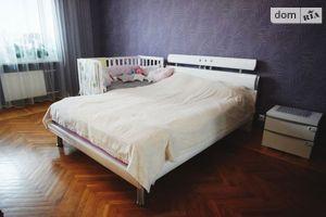 Сдается в аренду 1-комнатная квартира 83 кв. м в Черкассах