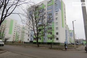 Продается офис 230 кв. м в нежилом помещении в жилом доме