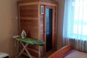 Сдается в аренду 3-комнатная квартира 130 кв. м в Черкассах
