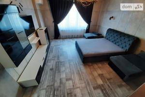 Здається в оренду 1-кімнатна квартира 51 кв. м у Чернівцях