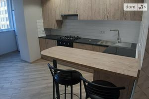 Сдается в аренду 1-комнатная квартира 48 кв. м в Луцке