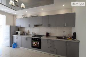 Продается 1-комнатная квартира 43.5 кв. м в Ивано-Франковске