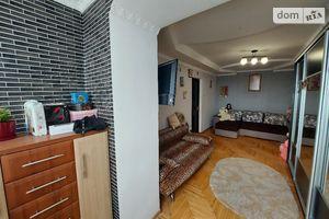 Продается 3-комнатная квартира 63.8 кв. м в Тернополе
