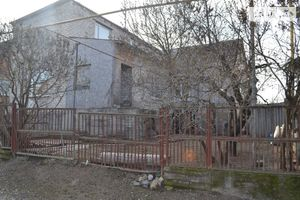 Продается дом на 2 этажа 88 кв. м с камином