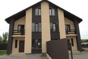 Продається будинок 3 поверховий 100 кв. м з банею/сауною