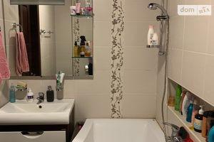 Продається 3-кімнатна квартира 68 кв. м у Лисичанську