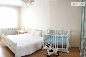Продается 3-комнатная квартира 73 кв. м в Киеве