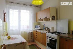 Продается 3-комнатная квартира 64.3 кв. м в Тернополе